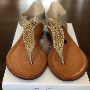 Jessica Simpson NIB Kalie Feather Sandals